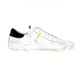 Philippe Model PRSX Broderie Neon leather sneaker Weiss